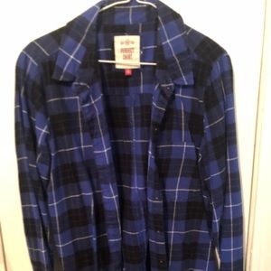 Juniors XL blue and black long sleeve flannel